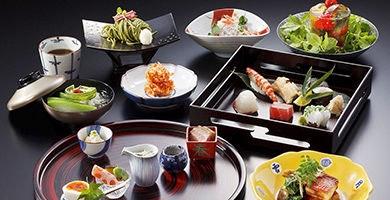 「日本平ホテル」で過ごす 富士山ビューステイ 上品な和会席付