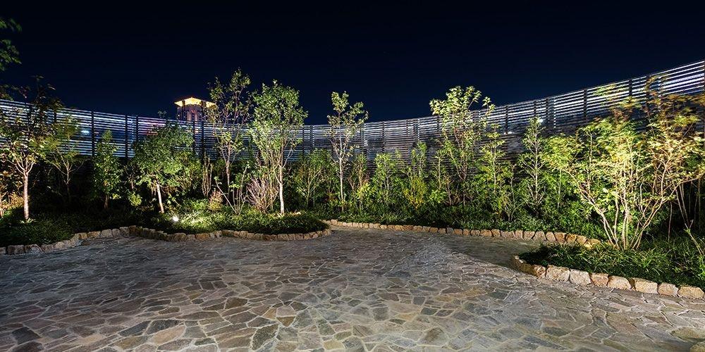 ホテル阪神アネックス大阪 日本庭園(夜)