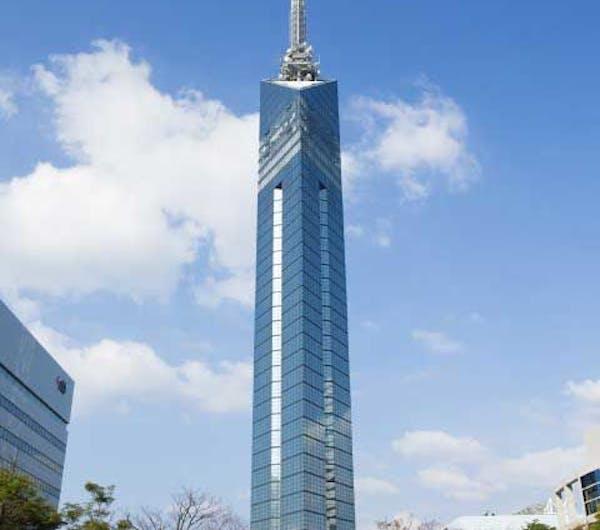 タワー 福岡