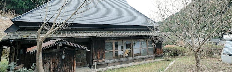 森の古民家 かろり