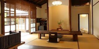 客室棟(中庭を望む部屋)