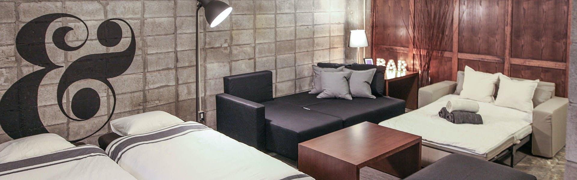 Room-001 ベッドルーム